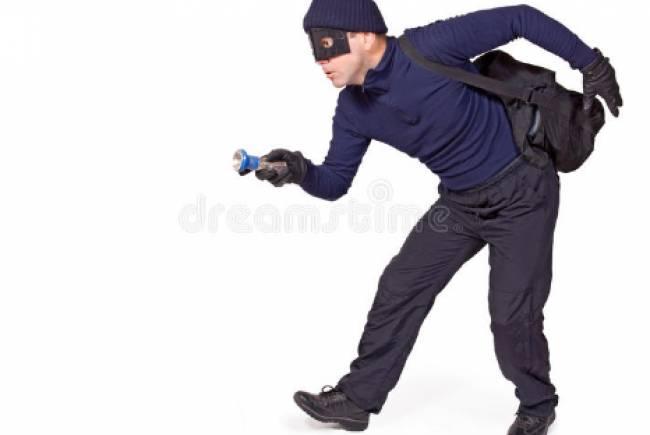 Berber Dükkânına Giren Hırsızlar Yakalandı