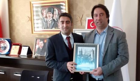 Ahmetoğlu, Aslantatar'ı, Ziyaret Etti.